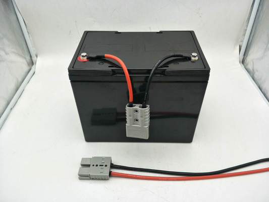 China 12V 100Ah LiFePO4 Battery Pack Perfect 12 Volt for Marine Environment Electric Boat Ship factory